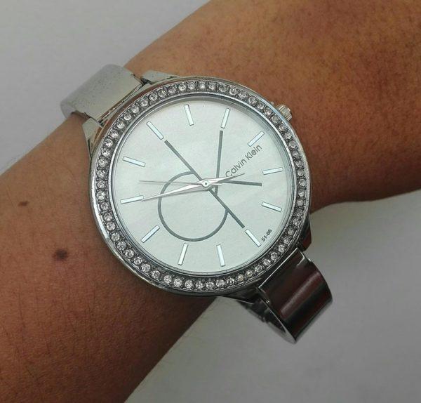 plateado_reloj