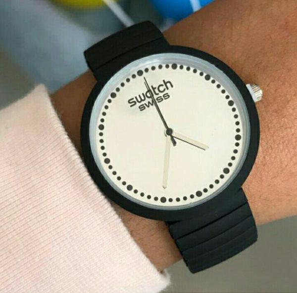 negro_reloj